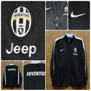 Jaket-Juventus-Hitam-2015-300x300